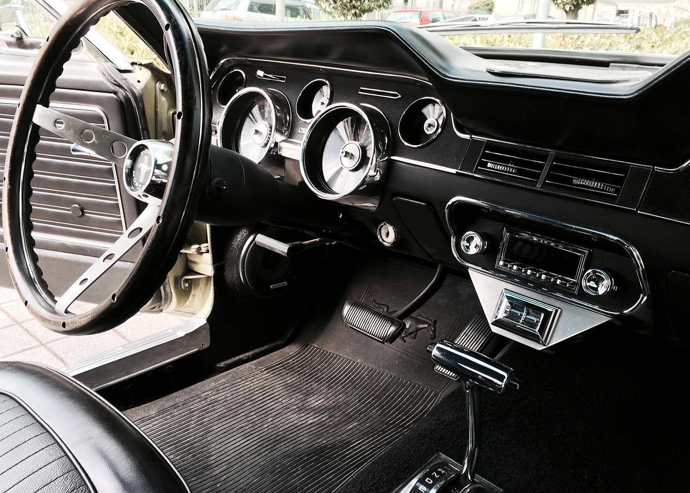 ford-mustang-car-hifi4
