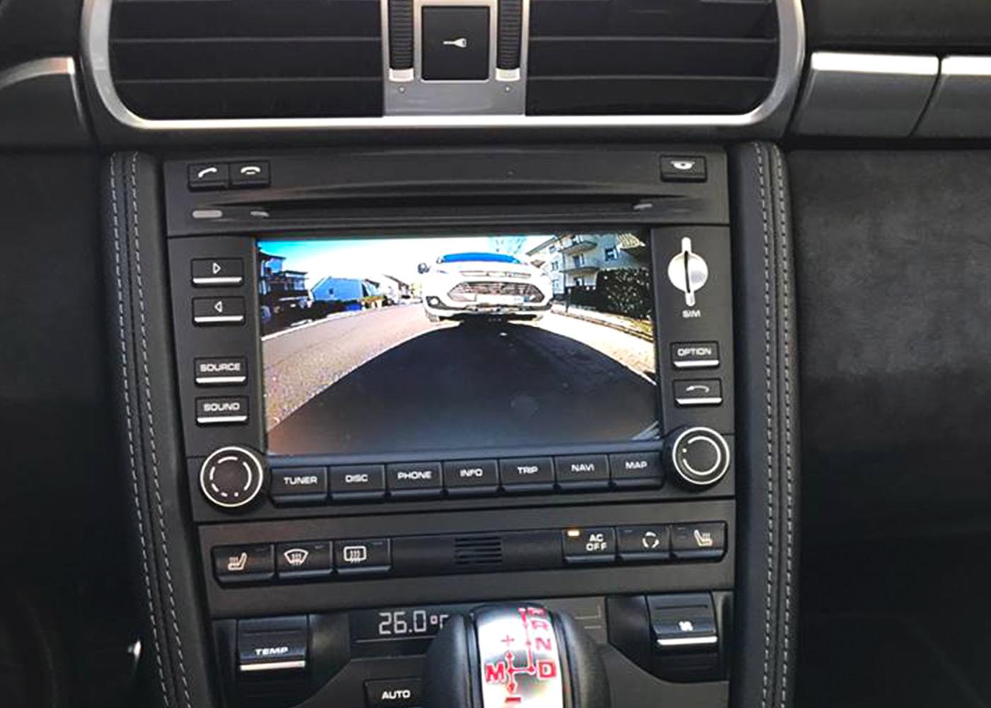 porsche-rueckfahrkamera-car-akustik1