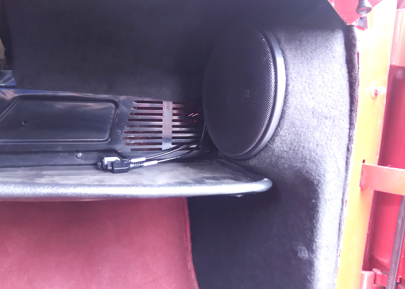 volvo-amazon-car-akustik2